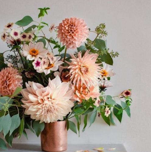 Kwiaty Z Dostawa Krakow Kwiaciarnia Internetowa Dekoracje I Bukiety Slubne Flower Box Margaritta Kwiaty Na Zamowienie